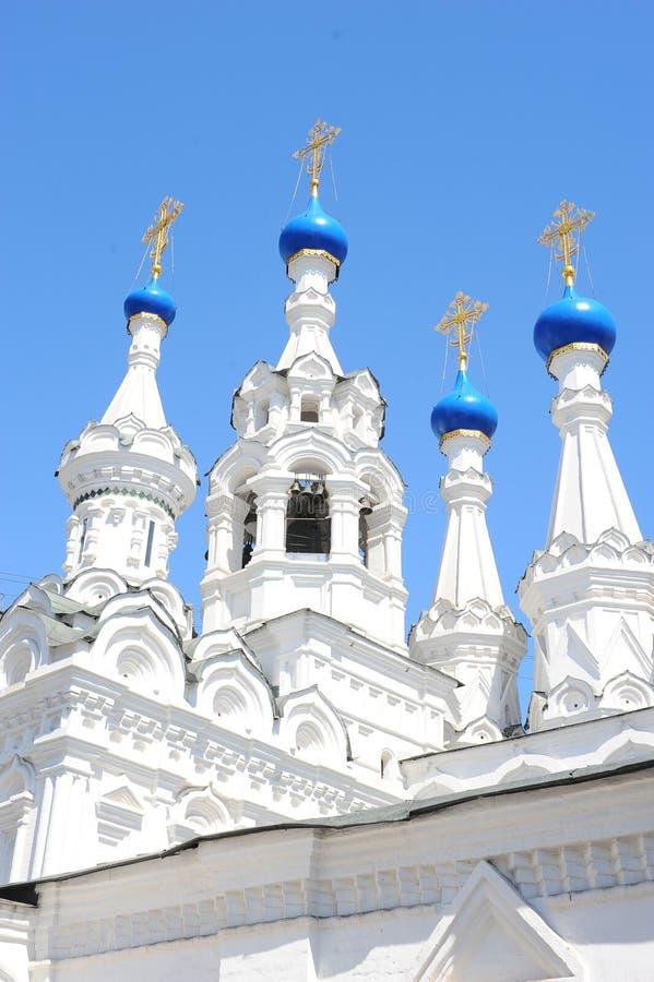 诞生的教会的圆顶在Putinki,莫斯科,俄罗斯 库存照片