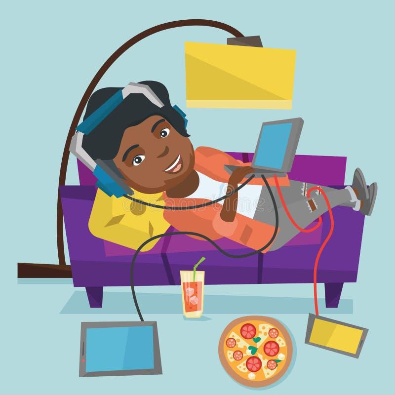 说谎在有小配件的沙发的非洲肥胖妇女 向量例证