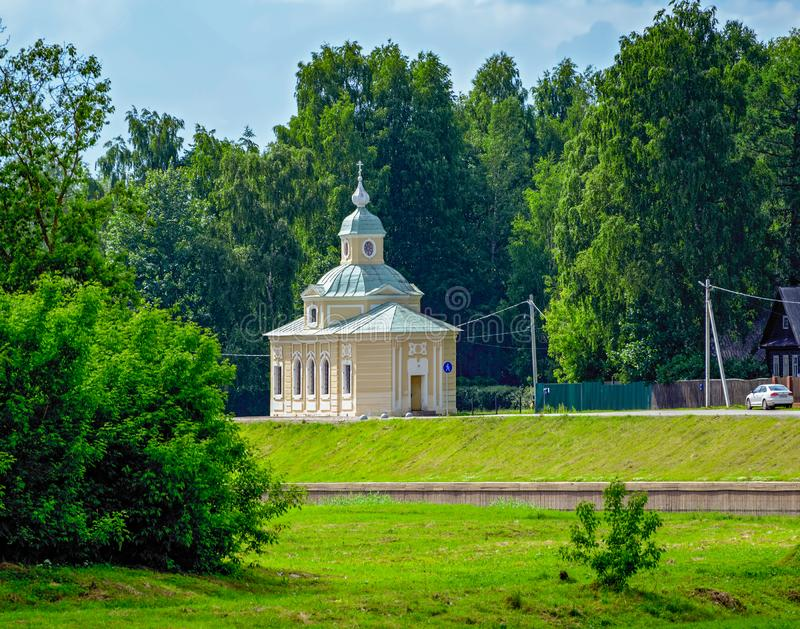 诸圣日教会在Tikhvin,俄罗斯 免版税库存图片