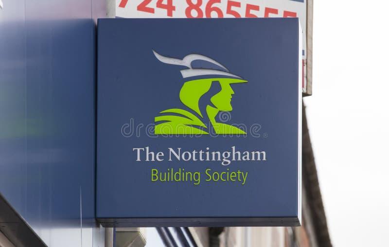 诺丁汉在大街上的建房互助协会标志-斯肯索普 库存照片