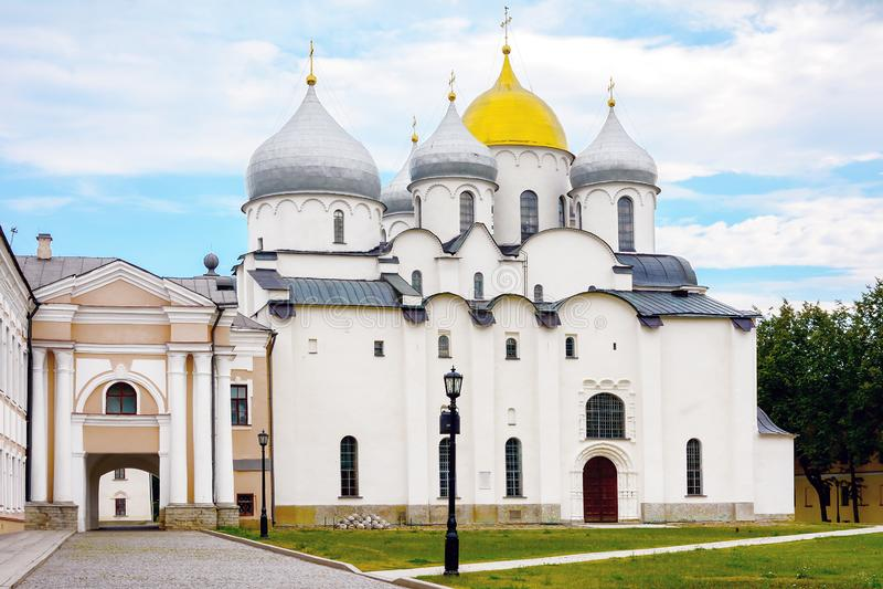 诺夫哥罗德伟大,圣徒索菲娅大教堂 免版税库存图片