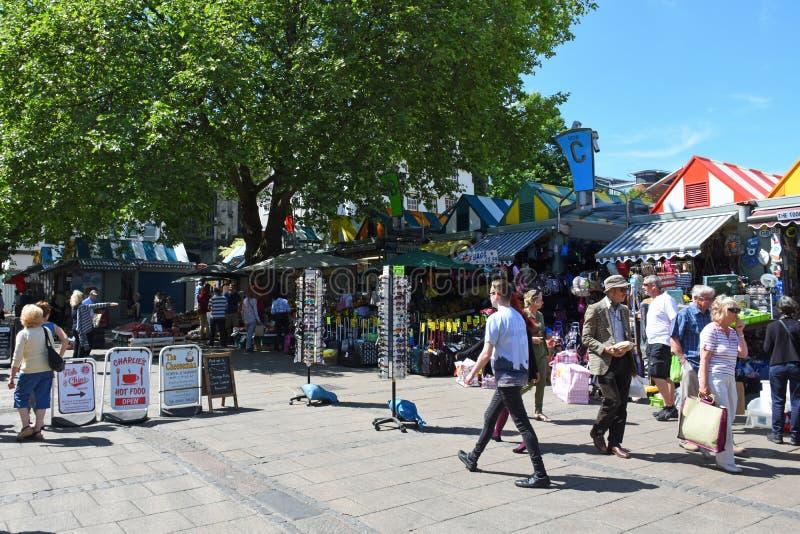 诺威治市场, Gentlemans步行,诺维奇城集中,诺福克,英国 免版税库存图片