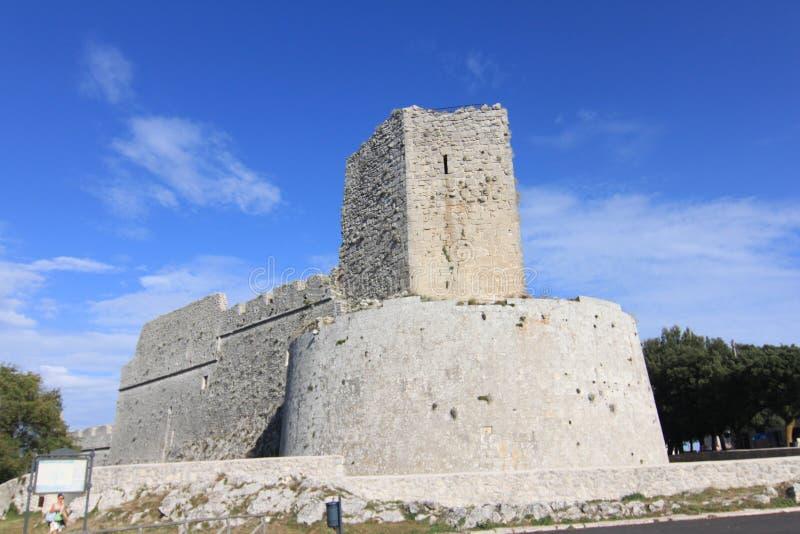 诺曼底人城堡蒙泰圣安杰洛福贾意大利 免版税库存照片