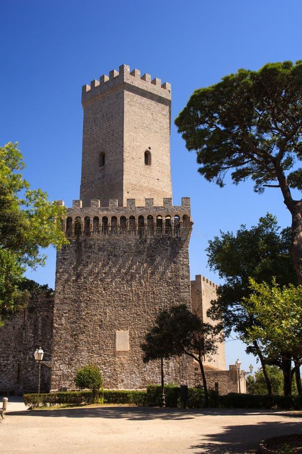诺曼底城堡告诉了Torri del Balio,埃里切 图库摄影
