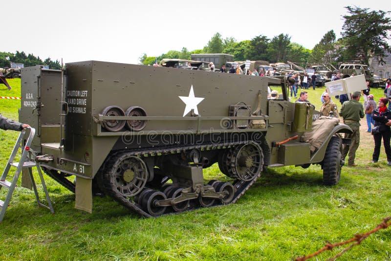 诺曼底,法国;2014年6月4日:诺曼底,法国;2014年6月4日:葡萄酒U S 在显示的军队WWII半卡车 图库摄影