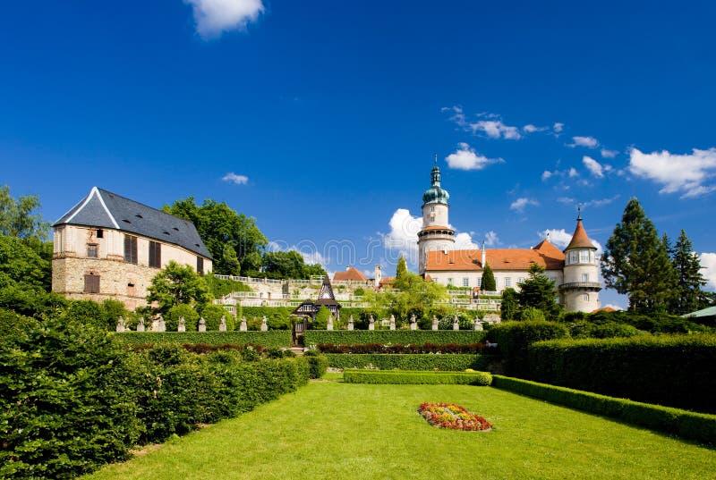 诺韦梅斯托与庭院的nad Metuji,捷克城堡  库存图片