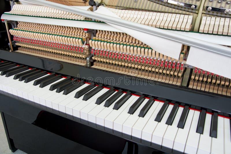 调整您的钢琴 库存照片