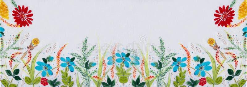 调遣花和草本-在丝绸的装饰构成 细麻花布 在白色背景的装饰构成 花饰 U 免版税库存照片