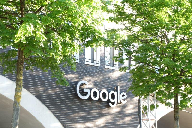 谷歌办公楼在慕尼黑 免版税库存图片