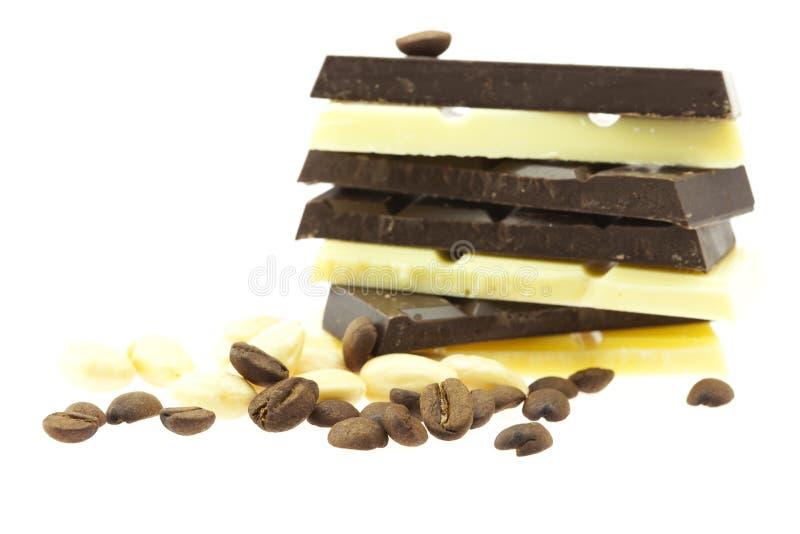 豆巧克力咖啡山螺母 免版税库存照片