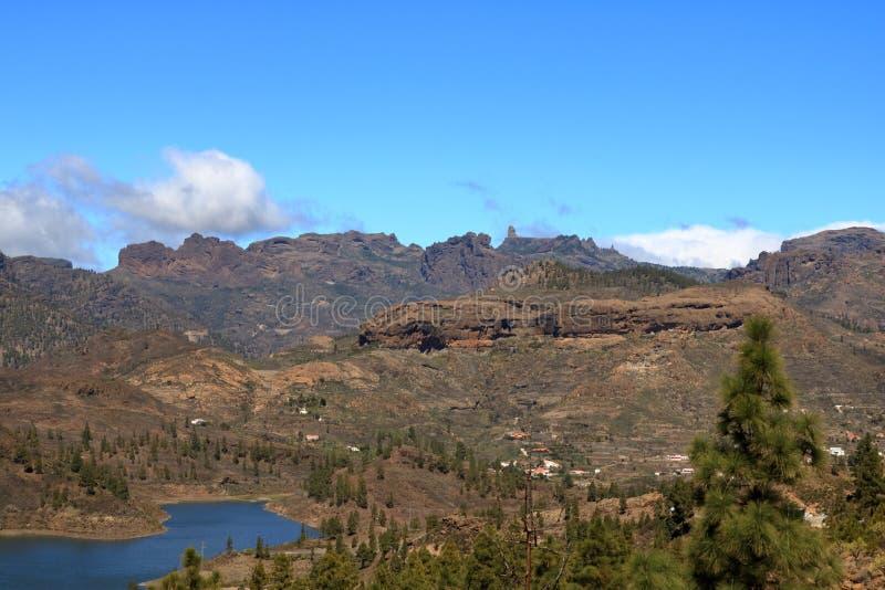 象征的洛克Nublo,Gran卡纳里亚,加那利群岛的符号自然纪念碑 免版税库存照片