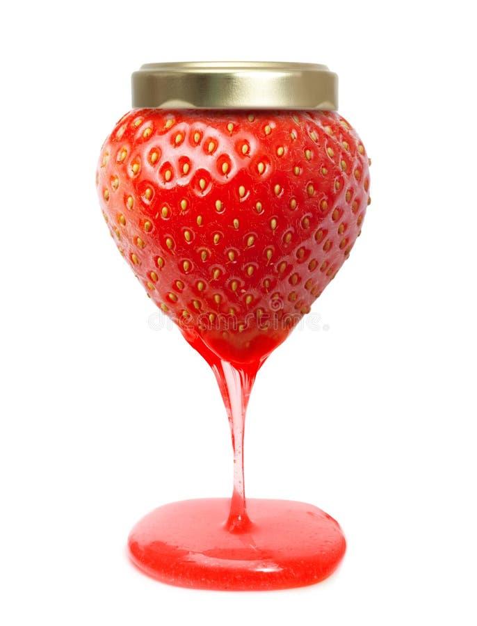 象果酱瓶子的红色莓果草莓用焦糖 库存图片