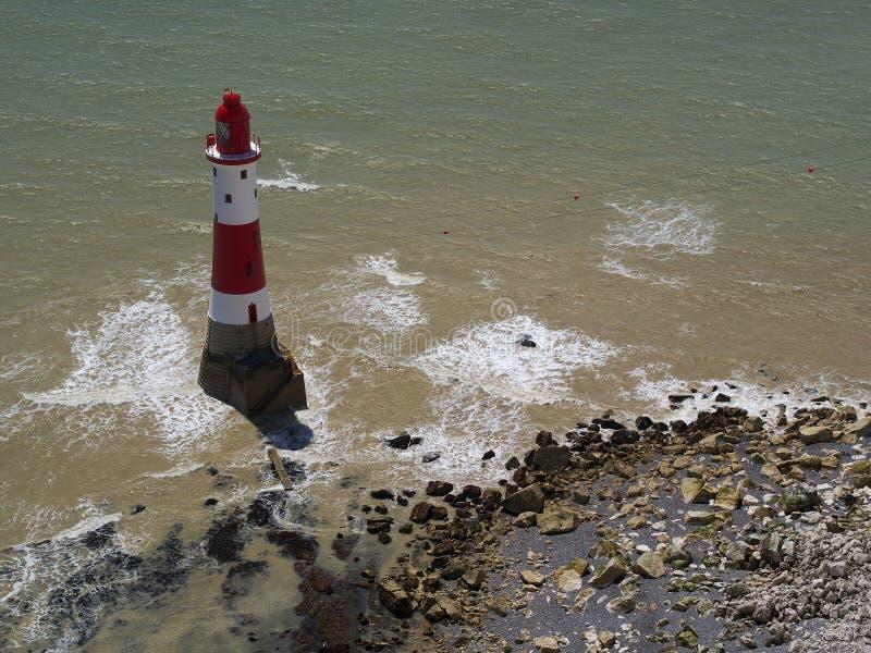 象海滨顶头灯塔,东萨塞克斯郡,英国 免版税图库摄影