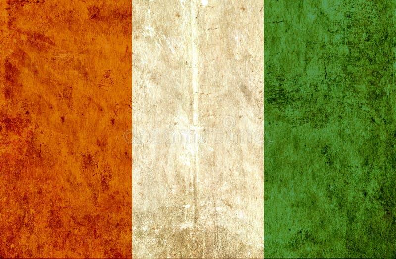 象牙海岸脏的纸旗子  皇族释放例证