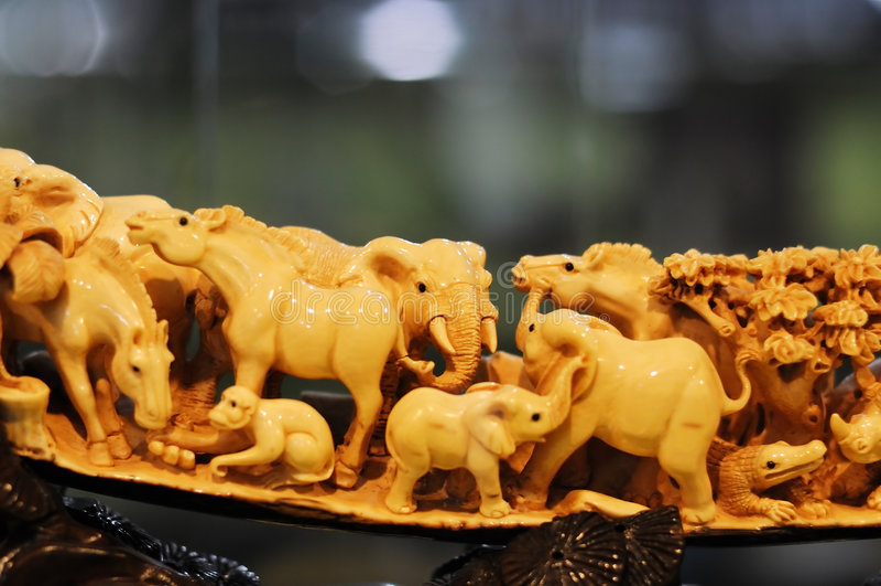 象牙雕塑 免版税库存照片