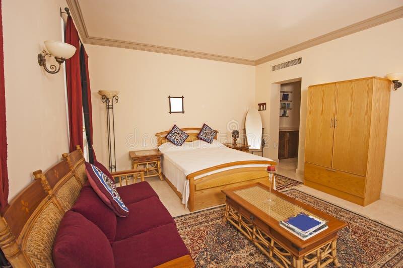 豪华别墅的卧室 库存照片