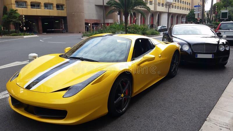 豪华汽车在摩纳哥 免版税库存照片