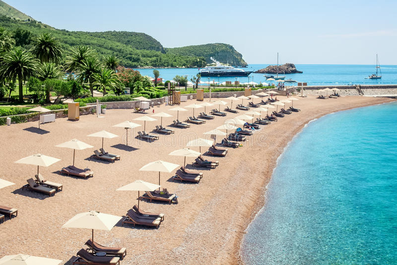 豪华海滩在黑山 库存照片