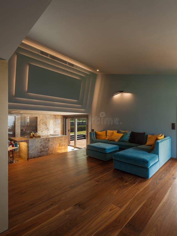 豪华现代别墅的内部,客厅 库存图片
