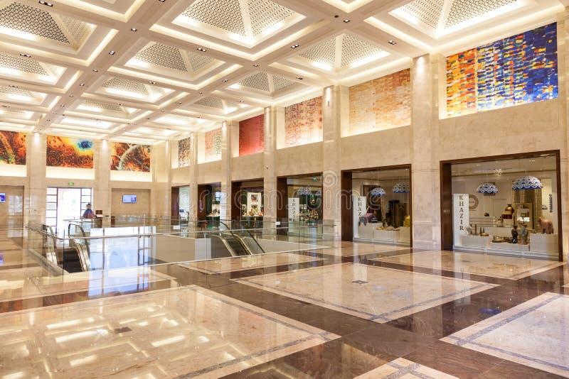 豪华购物中心在马斯喀特,阿曼 图库摄影