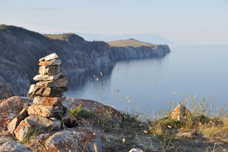 贝加尔湖湖俄国僧人石头 图库摄影