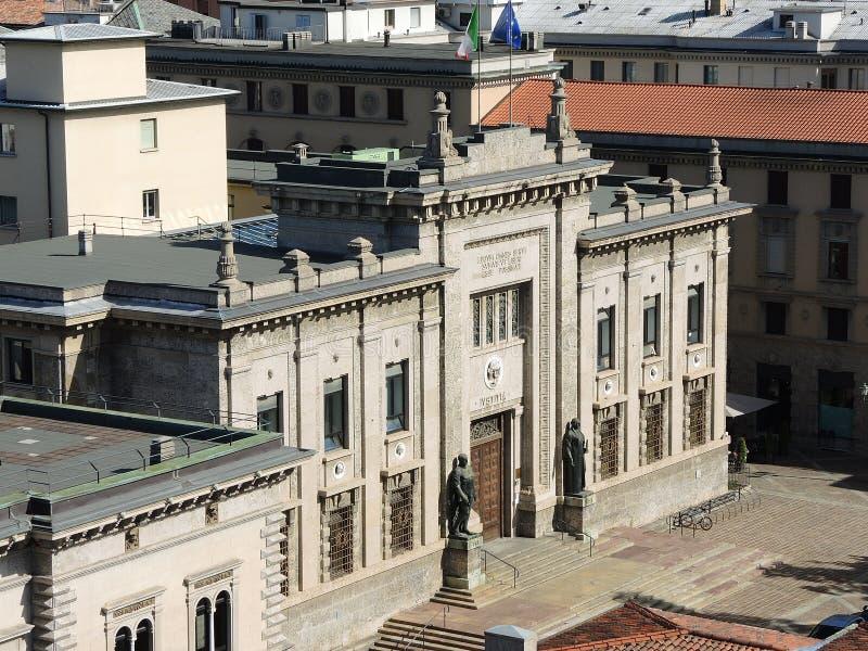 贝加莫意大利 犯罪法院大楼的门面在市中心 库存照片