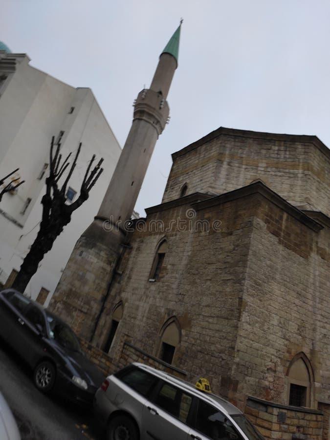 贝尔格莱德塞尔维亚巴杰拉克利清真寺冬景 库存照片