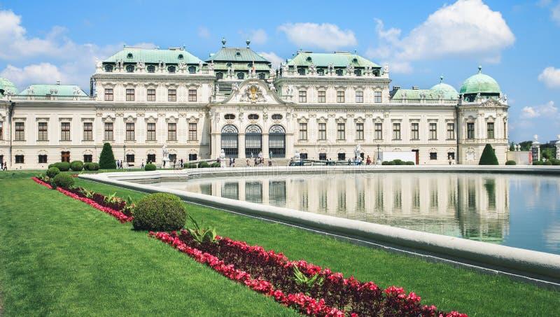 贝尔维德雷宫在维恩,奥地利 免版税库存照片