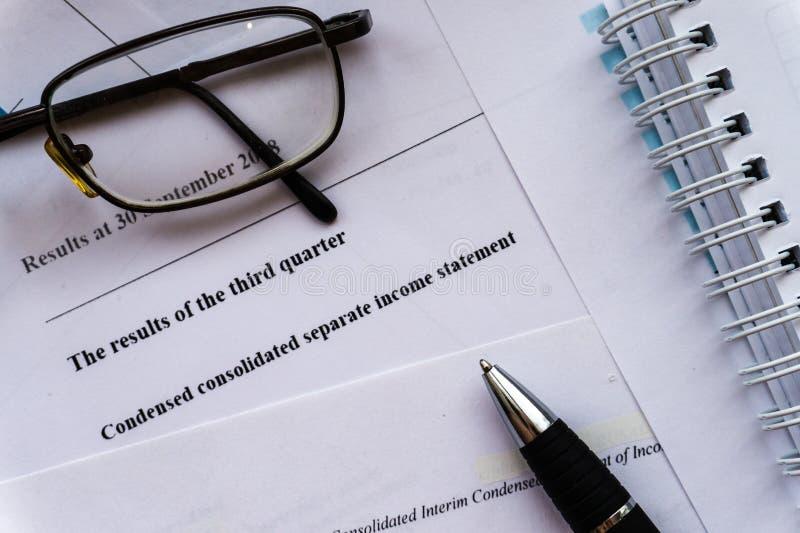 财务分析和收入报告,经营计划 免版税库存图片