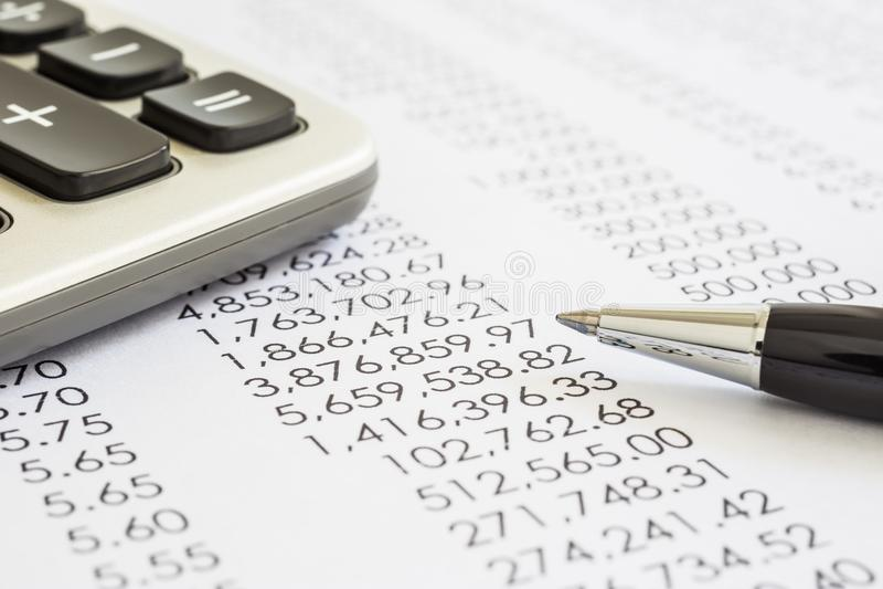 财政决算的会计和审计评估 免版税库存照片