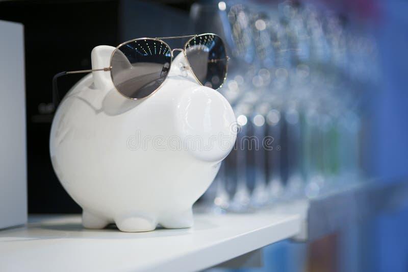 货币猪 库存图片