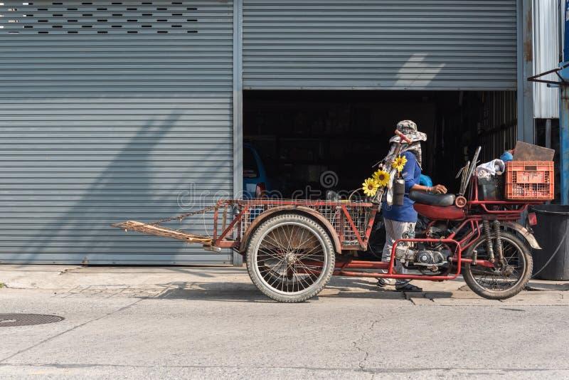 货物三轮车(沙令,Zaleng)购买未使用的项目 免版税图库摄影