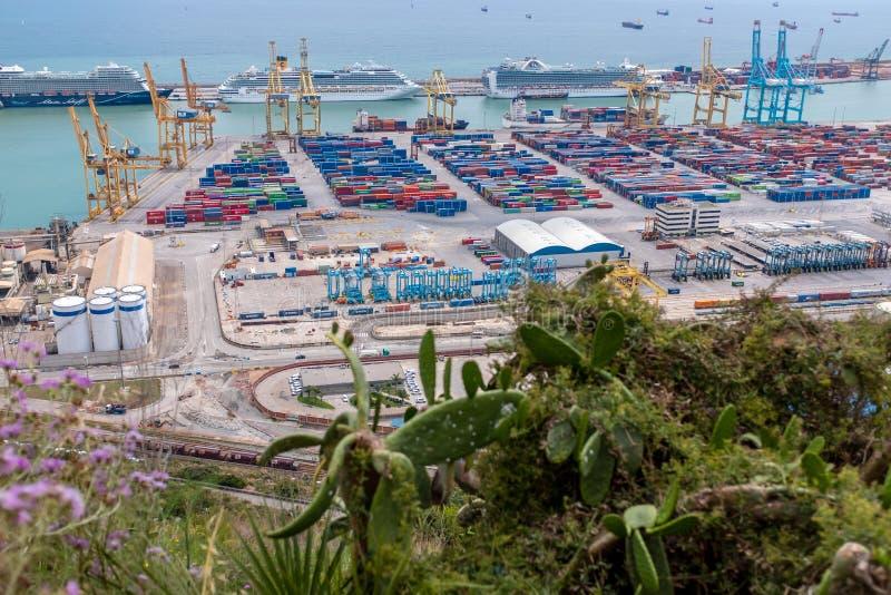 货物口岸在巴塞罗那 免版税库存照片