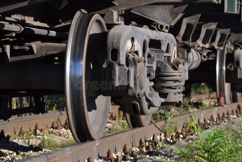 货物火车特写镜头的轮子 俄国 库存照片