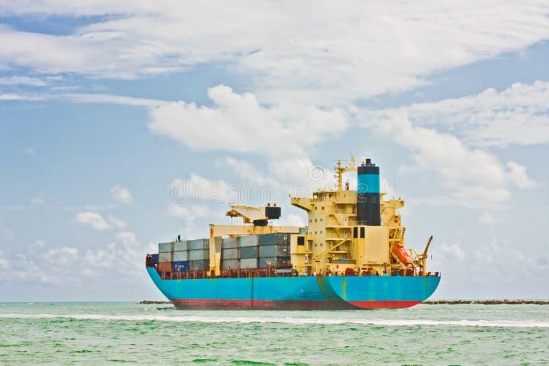 货物行业船运输 免版税库存图片