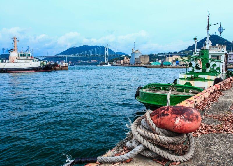 货船在船坞停放了在Mojiko,北九州,福冈,日本 库存图片