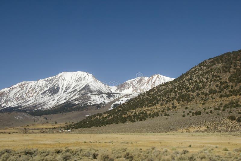 贫瘠横向内华达山脉 图库摄影