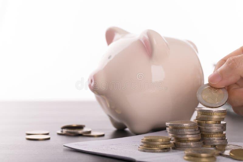 购买房地产的储蓄金钱 库存照片
