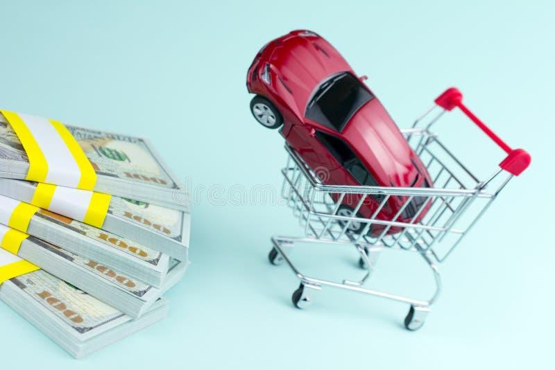 购买汽车经销权和出租车概念 免版税库存图片