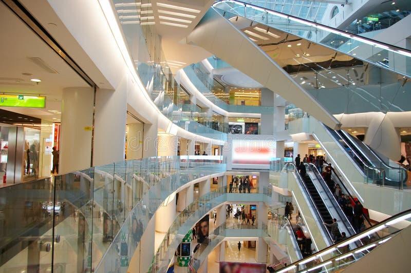 购物中心购物 免版税图库摄影