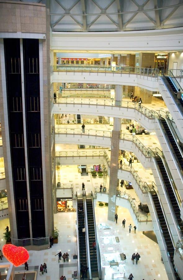 购物中心购物 免版税库存照片