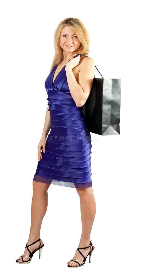 Download 购物妇女 库存图片. 图片 包括有 购物, 手袋, 投反对票, 礼服, 成熟, 妇女, 年龄, 查出, 紫色 - 22357111