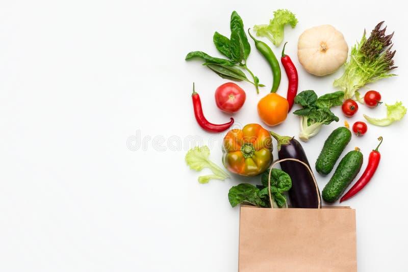 购物素食食物超级市场概念,顶视图 免版税库存图片