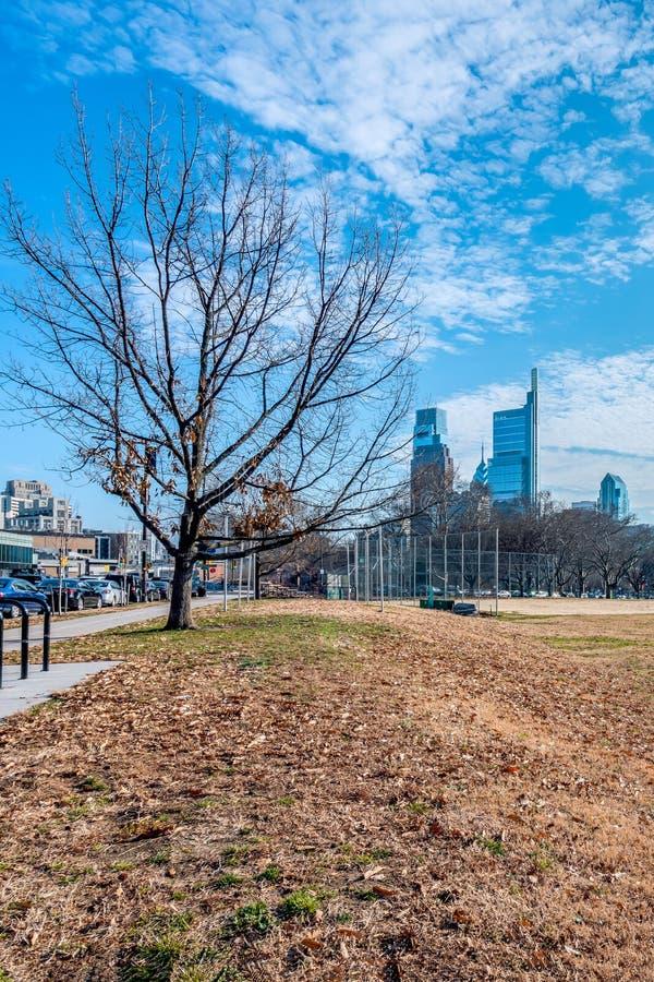费城,宾夕法尼亚,美国- 2018年12月-费城街市地平线 库存图片