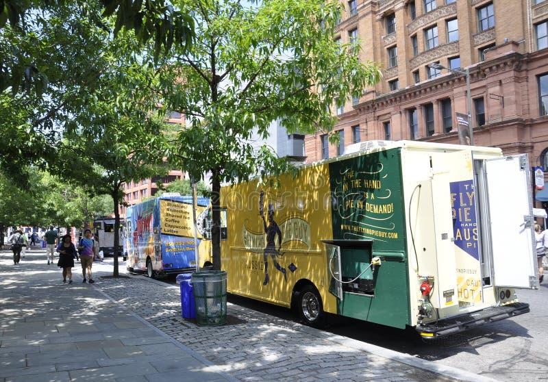 费城, PA, 7月3日:Foodcart街市费城在宾夕法尼亚美国 免版税库存照片
