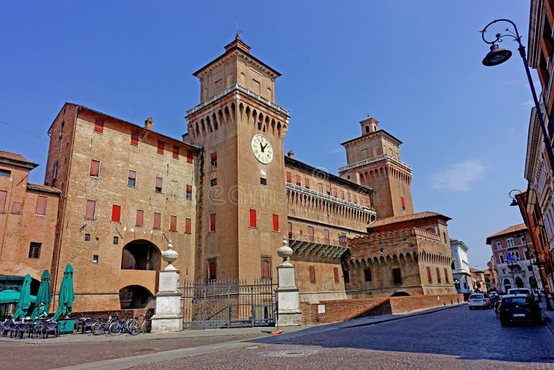 费拉拉,城市` s城堡的看法 库存照片