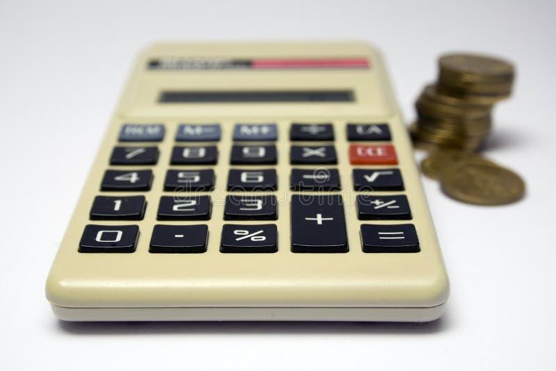 Download 费用 库存照片. 图片 包括有 投资, 费用, 货币, 减去, 编号, 分界, 倍增, 微积分, 硬币, 学校 - 3650468