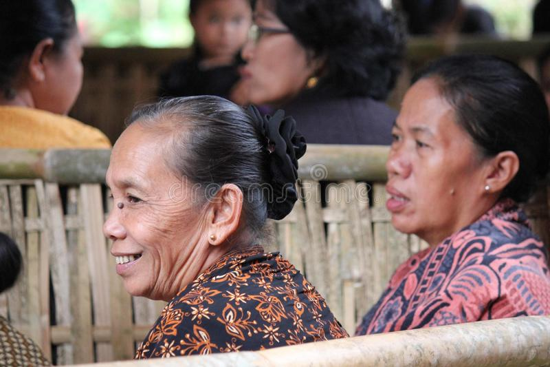 资深印度尼西亚妇女微笑 库存照片