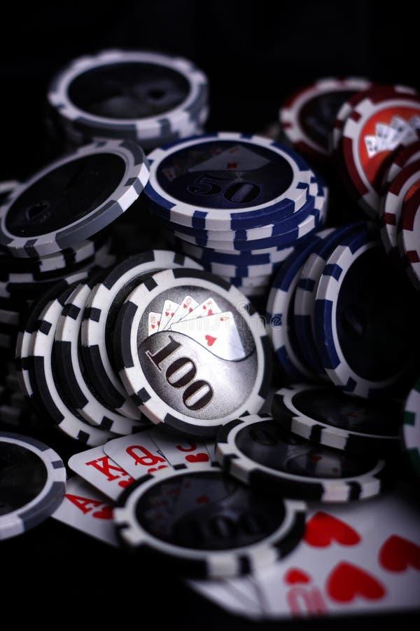 赌博娱乐场的筹码 库存照片