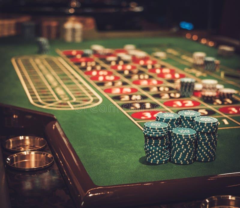 赌博的桌在豪华赌博娱乐场 免版税库存照片